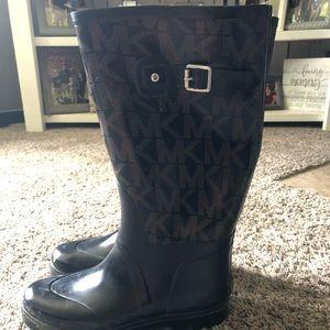 Michael kors rain boots - size 10